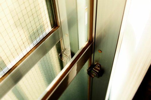 窓ガラスの防音対策で静かな暮らしを!│具体的な対策方法をご紹介